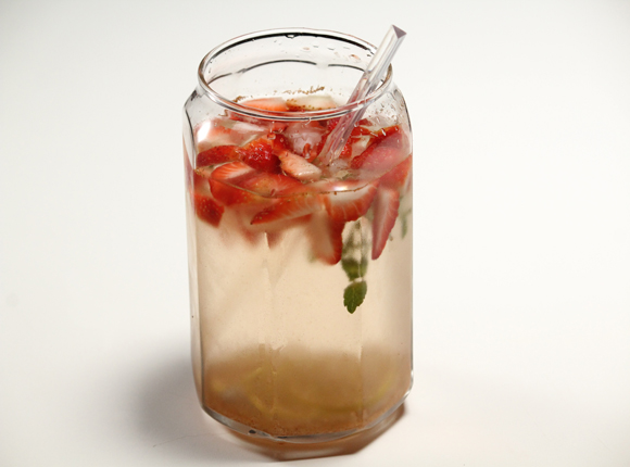 Detox-water-good-bad-or-just-a-fad