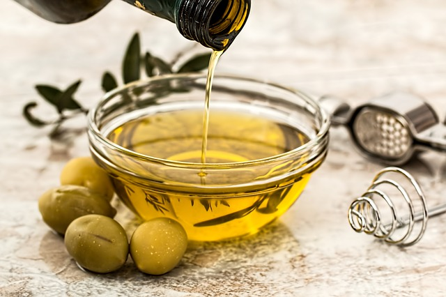 Different Types of Cooking Oils and their Uses