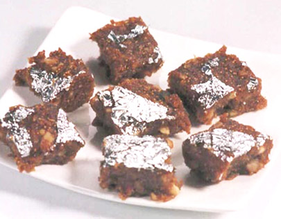 Anjeer And Date Burfi