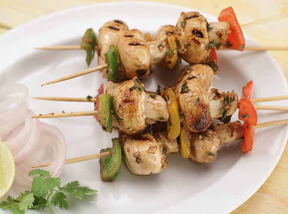 Balsamic Garlic Grilled Mushroom Skewers-SK Khazan
