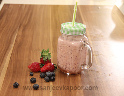 recipe: fruit shakes by sanjeev kapoor [23]