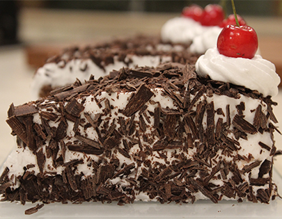 Black forest eggless cake recipe by sanjeev kapoor