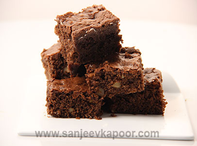 How To Make Brownie No Egg Recipe By Masterchef Sanjeev Kapoor