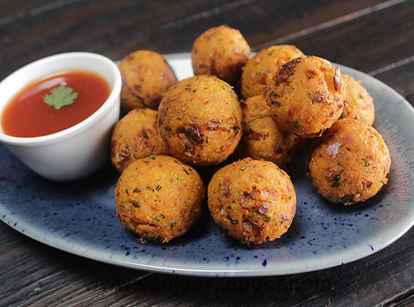 Cheesy Masala Rice Balls