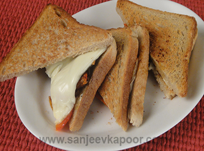 Cheesy Onion and Pepper Sandwich