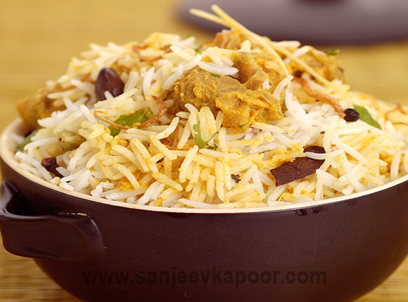 Traditional and delicious indian and international food recipes by chicken biryani forumfinder Images