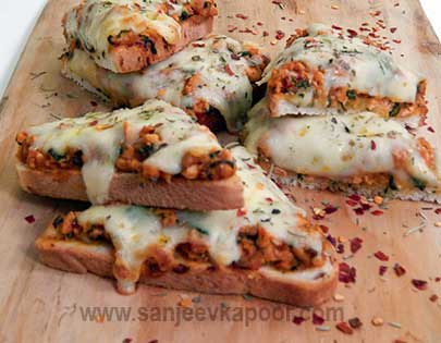 Chicken And Spinach Bread Pizza