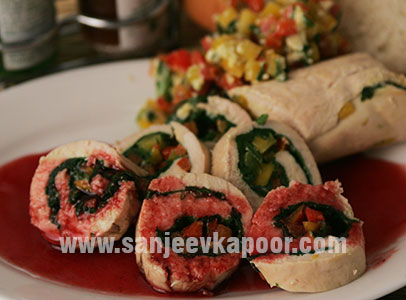 Chicken Roulade With Cranberry Sauce