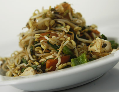 Cilantro And Soya Stir-Fried Bean Sprouts
