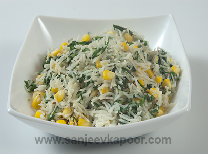 Corn and spinach rice vegetarian recipe foodfood sirf 30 corn and spinach rice recipe card ccuart Choice Image