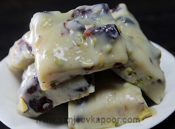 Cranberry Pistachio Fudge