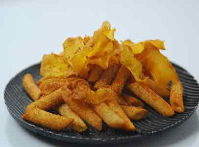 Crisp Penne and Pumpkin Chips