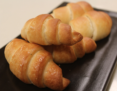 How to make croissants recipe by masterchef sanjeev kapoor - 17th century french cuisine ...