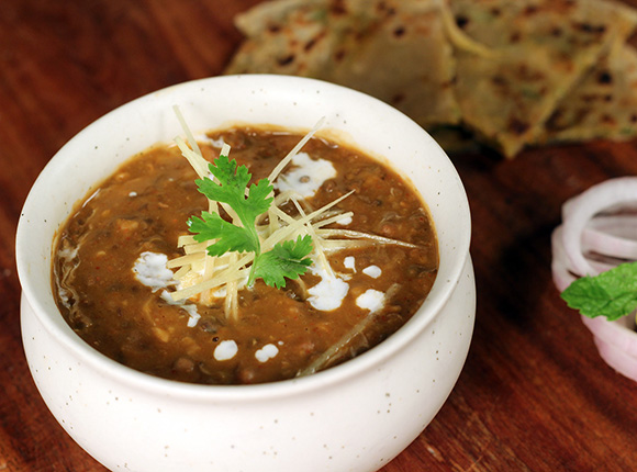 How to make dal makhani recipe by masterchef sanjeev kapoor for more recipes related to dal makhani checkout dal pakhtooni dal makhni no onion no garlic sk khazana you can also find more dals and kadhis recipes forumfinder Images