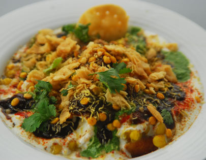 How To Make Aloo Tikki Chaat At Home