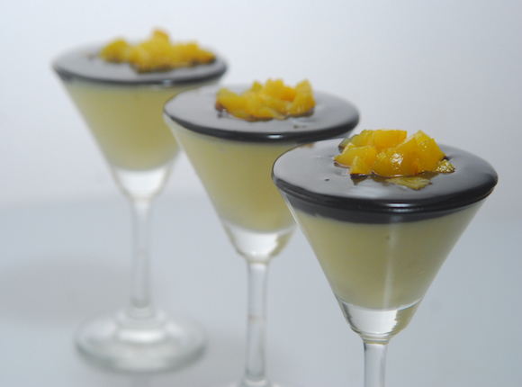 Eggless Peach Mousse