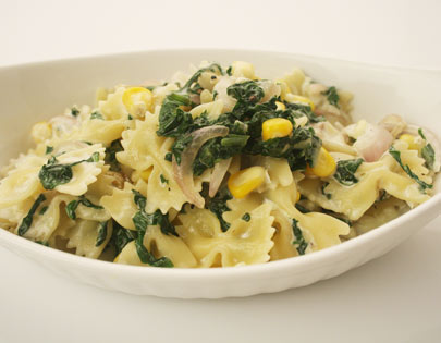 Farfalle Pasta With Spinach And Cheese