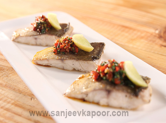 Main course seafood recipes by chef sanjeev kapoor from khanakhazana fish with roasted pepper and coriander dressing forumfinder Gallery