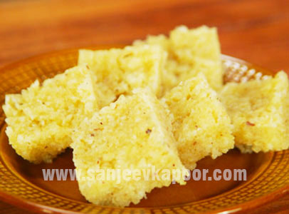 Fresh Nariyal And Pineapple Burfi