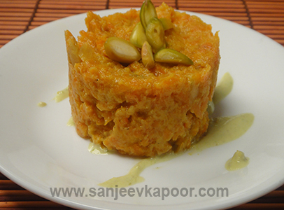 Gajar Halwa With Pistachio Coulis