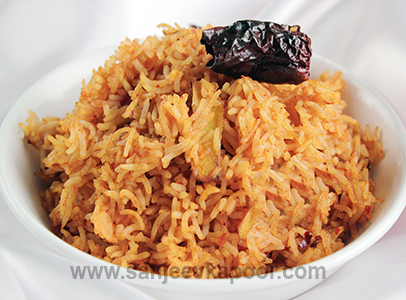 How to make ginger tomato fried rice recipe by masterchef sanjeev for more recipes related to ginger tomato fried rice checkout ginger imli chutney pulao burnt ginger rice ginger and pepper fried rice ccuart Choice Image