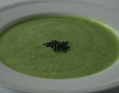Green Peas And Basil Soup