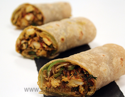 How to make grilled chicken kathi roll recipe by masterchef grilled chicken kathi roll forumfinder Image collections