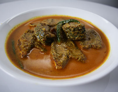 Ilish Machcher Sorse Jhol