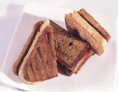 Jam And Chhunda Sandwich
