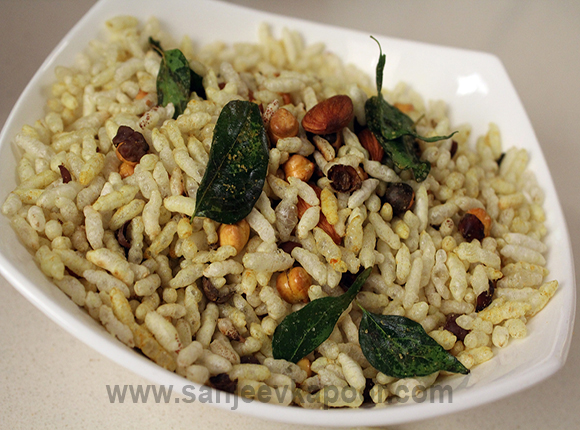 Kurmura Tadka with Almonds