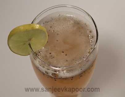 recipe: fruit shakes by sanjeev kapoor [22]