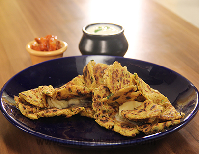 How to make makai mooli parantha recipe by masterchef sanjeev kapoor you can also find more breads recipes like egg bread korean style khasta roti khatti puri gugelhupf forumfinder Image collections