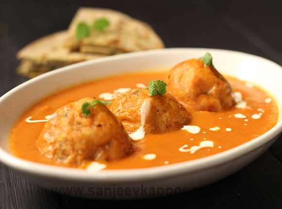 How to make malai kofta curry recipe by masterchef sanjeev kapoor malai kofta curry forumfinder Choice Image
