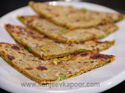 How to make matar paneer parantha recipe by masterchef sanjeev kapoor forumfinder Images