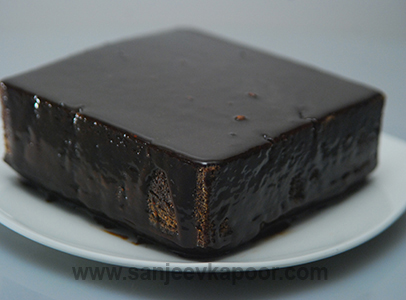 How to make mexican chocolate cake with chocolate frosting recipe how to make mexican chocolate cake with chocolate frosting recipe by masterchef sanjeev kapoor forumfinder Gallery