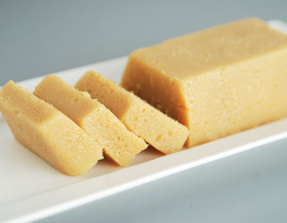 How to make milk toffee recipe by masterchef sanjeev kapoor milk toffee forumfinder Image collections