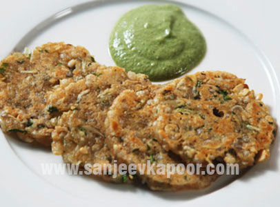 Mini Sabudana Thalipeeth