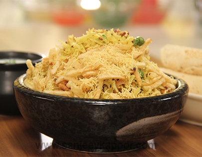 How to make mixed nuts pulao recipe by masterchef sanjeev kapoor you can also find more rice recipes like chicken burnt garlic rice mirchi coconut pulao sichuan vegetable fried rice 5fvh forumfinder Choice Image