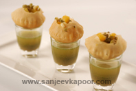 Moong And Pumpkin Golgappe