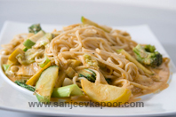 Noodles And Vegetables In Coconut Sauce