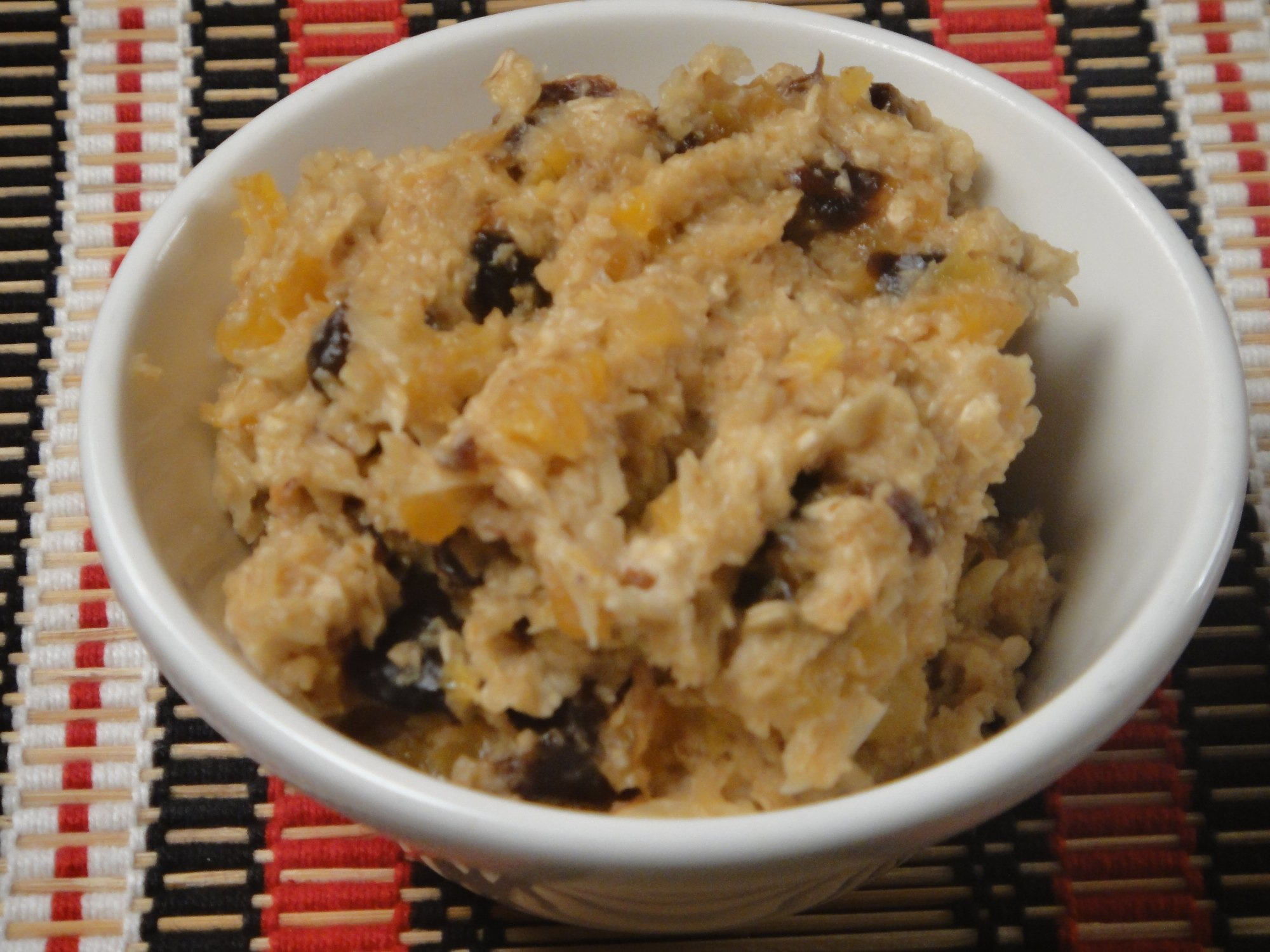 Oats with dried fruits