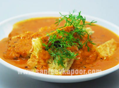 Omelette-Curry-Sanjeev-Kapoor-Kitchen-FoodFood