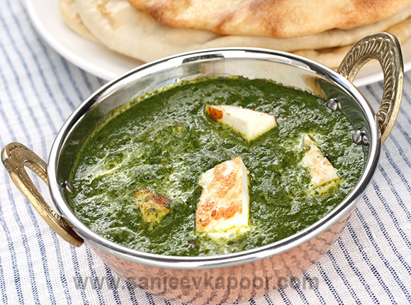 How to make palak paneer recipe by masterchef sanjeev kapoor palak paneer recipe card forumfinder Images