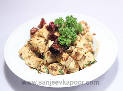How to make paneer in garlic lemon sauce recipe by masterchef how to make paneer in garlic lemon sauce recipe by masterchef sanjeev kapoor forumfinder Image collections