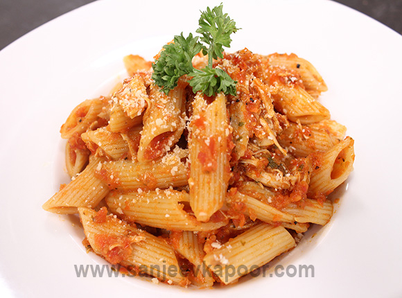 Pasta Sofrito with Chicken