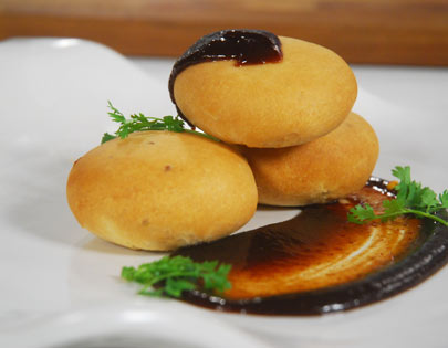 How to make peethiwali baked kachori recipe by masterchef sanjeev for more recipes related to peethiwali baked kachori checkout moong bean dumpling moong dal pakoda you can also find more snacks and starters recipes like forumfinder Choice Image