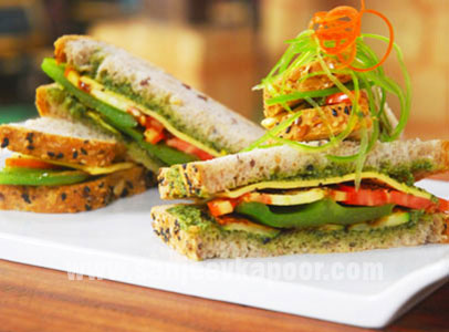 Pesto Sandwich with Grilled Vegetables