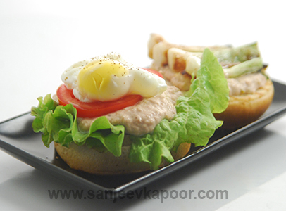 Poached Egg Tuna Burger