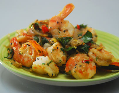 Prawns with Onion, Curry Leaves and Chillies