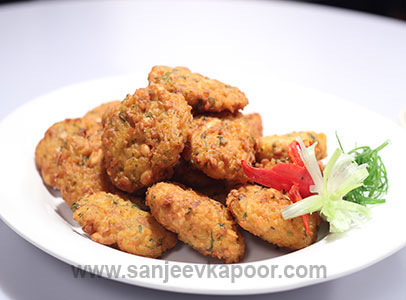 How to make rice pakoda recipe by masterchef sanjeev kapoor rice pakoda recipe card forumfinder Images